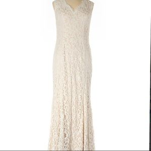 NEW Tadashi Shoji Embroidered Lace Two Tone Dress